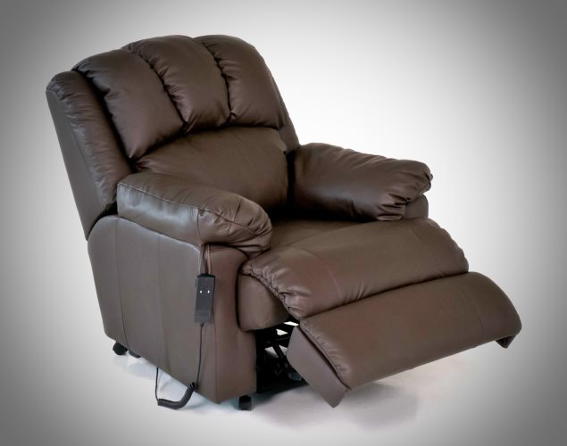 Rise and recliner with feet rest up