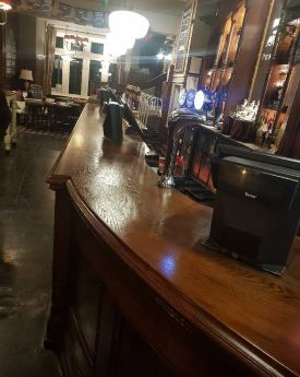 A complete restoration on a bar surface